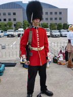 Buckingham_Palace_Guard bayonet cosplay firearm:L85A2 photo // 750x1000 // 272.4KB